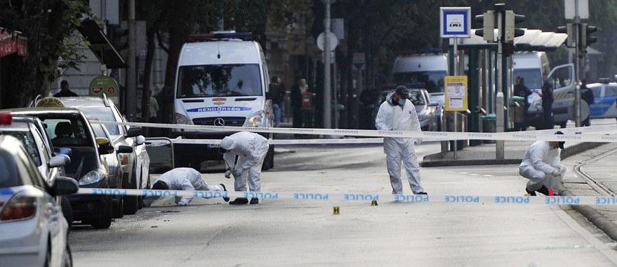 Celem zamachu, do którego doszło w sobotę wieczorem w Budapeszcie, byli policjanci - poinformował w niedzielę na konferencji prasowej w Budapeszcie komendant główny policji węgierskiej Karoly Papp.