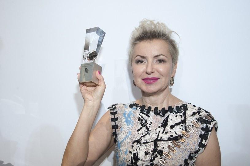"""Aleksandra Konieczna wcieliła się w Zofię Beksińską w """"Ostatniej Rodzinie"""" Jana P. Matuszyńskiego. Na tegorocznym Festiwalu Filmowym w Gdyni produkcja została wyróżniona Złotymi Lwami, a aktorka otrzymała nagrodę za najlepszą rolę pierwszoplanową."""