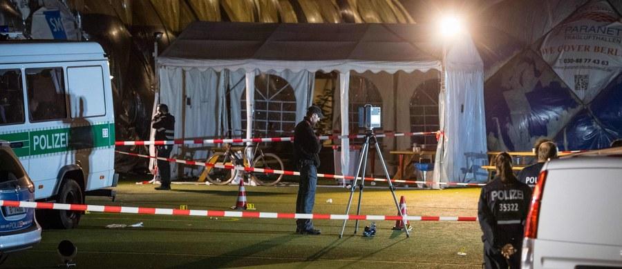 Tragiczny finał interwencji niemieckiej policji w ośrodku dla uchodźców w Berlinie. Funkcjonariusze zastrzeli 29-letniego mężczyznę, który rzucił się z nożem na innego imigranta. Człowiek ten molestował seksualnie 8-letnią córkę zastrzelonego.