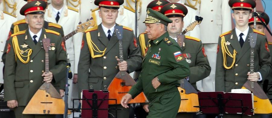 Rosyjskim generałom i oficerom wydano rozkaz – schudnąć! Rosja chce, by jej oficerowie zrzucili piwne brzuchy na wzór zachodnich armii. Za brak odpowiedniej formy grożą kary finansowe i w ostateczności wydalenie ze służby.
