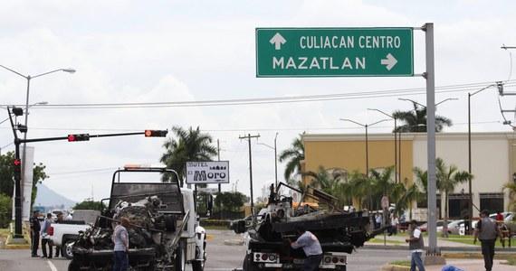 Co najmniej pięciu meksykańskich żołnierzy zginęło, a kolejnych 10 zostało rannych w ataku członków kartelu narkotykowego na konwój wojskowy w stanie Sinaloa na zachodzie kraju - poinformowała meksykańska armia. Żołnierze eskortowali ambulans, którym przewożono do szpitala rannego podczas zatrzymania przestępcę.