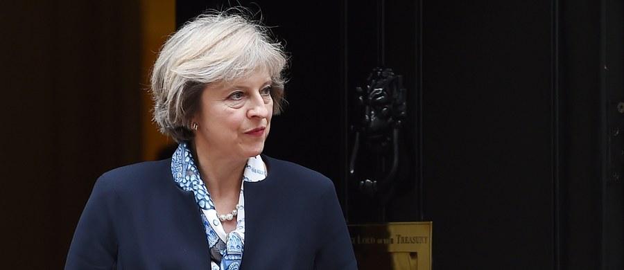 Brytyjska premier Theresa May zapowiedziała w wywiadzie dla telewizji BBC, że jej rząd uruchomi procedurę wyjścia z Unii Europejskiej przed końcem marca 2017. Jak dodała, liczy na uruchomienie nieformalnych rozmów jeszcze przed tym terminem.