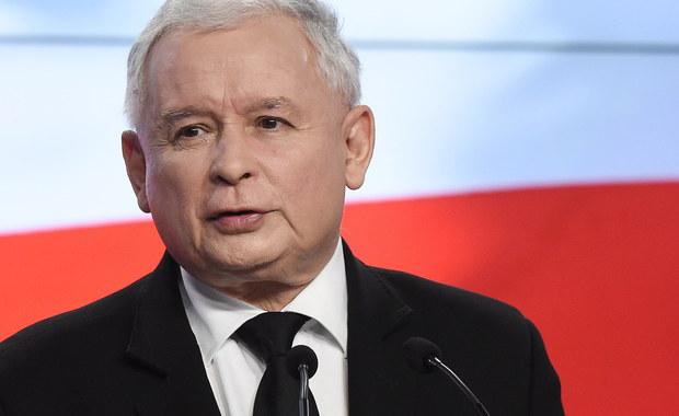 Jeśli rząd PiS sprzeciwiłby się kandydaturze Donalda Tuska na drugą kadencję, to mocno zmalałyby jego szanse na ponowne objęcie stanowiska szefa Rady Europejskiej. W Brukseli  ping-pong pomiędzy Kaczyńskim, a Tuskiem komentuje się bez większych emocji - bardziej jako element wewnętrznej polskiej polityki. To, że Tusk chce debatować z Kaczyńskim to się tutaj prawie w ogóle nie przebiło, natomiast większym echem odbiła się wypowiedź prezesa PiS.