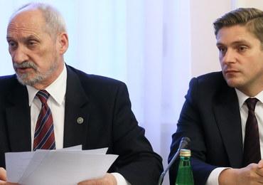 """Antoni Macierewicz broni zmian w Polskiej Grupie Zbrojeniowej. """"Niewielkie"""""""