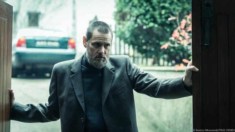 """Podczas 32. Warszawskiego Festiwalu Filmowego pokazany zostanie kręcony w Polsce obraz greckiego reżysera Alexandrosa Avranasa """"Prawdziwe zbrodnie"""" (""""True Crimes"""") z Jimem Carrey w roli głównej."""