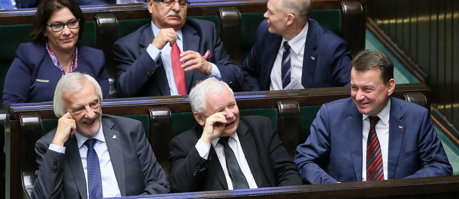 Obywatelski projekt ustawy zaostrzającej przepisy dotyczące aborcji dwa tygodnie temu skierowano do dalszych prac w Sejmie. Dziś został odrzucony, głównie głosami posłów PiS; 23 września popierało go 230 posłów Prawa i Sprawiedliwości, dziś - tylko 32.