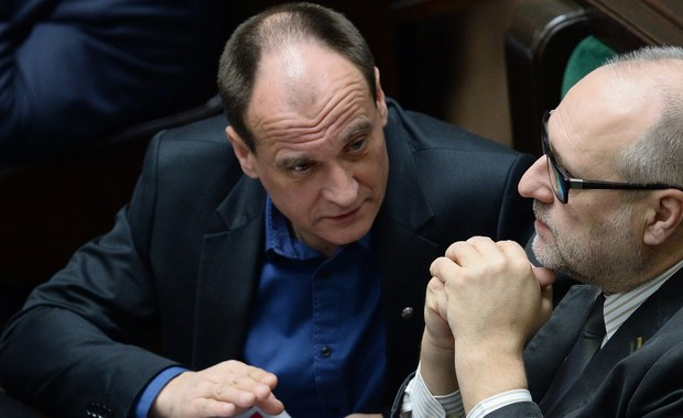 Kilku posłów Kukiz'15 wycofało swoje podpisy pod projektem ustawy zaostrzającym przepisy w sprawie in vitro. Brak odpowiedniej ilości podpisów oznacza zakończenie prac nad tym projektem - poinformowała wicemarszałek Sejmu Małgorzata Kidawa-Błońska.