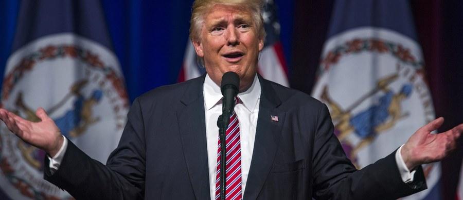 Kolejne nagrania wypowiedzi Donalda Trumpa potwierdziły jego skłonność do mówienia o kobietach oraz seksie w sposób wulgarny i seksistowski. Jego polityczni sojusznicy bronią go jednak, atakując jednocześnie Hillary Clinton.