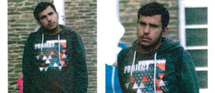 """Niemiecka policja zatrzymała 22-letniego syryjskiego uchodźcę Dżabera al-Bakra, podejrzanego o planowanie ataku terrorystycznego. Poszukiwania trwały dwa dni. """"Zmęczeni, ale radośni – złapaliśmy podejrzanego terrorystę ostatniej nocy w Lipsku"""" - napisała na Twitterze policja w Saksonii."""
