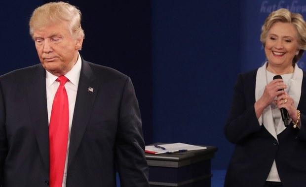 """Kandydatka Demokratów do Białego Domu Hillary Clinton ma 11 punktów procentowych przewagi nad kandydatem Republikanów Donaldem Trumpem - wynika z opublikowanych w poniedziałek rezultatów sondażu dla telewizji NBC i dziennika """"Wall Street Journal""""."""