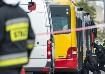 Wrocław: Nietypowy eksperyment. Wysadzili w powietrze autobus, w którym miała eksplodować bomba