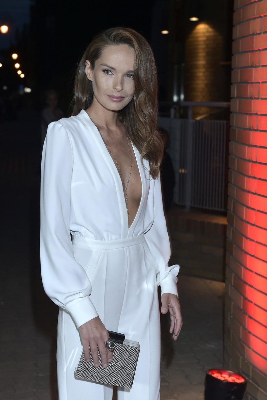 Katarzyna Sowińska w najbliższych miesiącach zamierza pracować w Polsce. Gwiazda zagra w dwóch serialach, czeka ją także podróż związana z nowym projektem zawodowym.