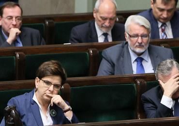 """""""Fakt"""": Ministrowie boją się, że zabraknie pieniędzy na obietnice"""