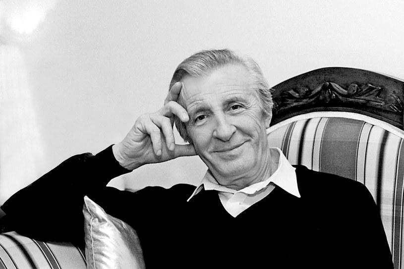 """Andrzej Kopiczyński, aktor filmowy i teatralny, najbardziej znany z roli inżyniera Stefana Karwowskiego w serialu """"Czterdziestolatek"""" , zmarł 12 października. Miał 82 lata. Aktor wystąpił też m.in. w serialu """"Kolumbowie"""" i filmach """"Znachor"""" i """"Kopernik""""."""
