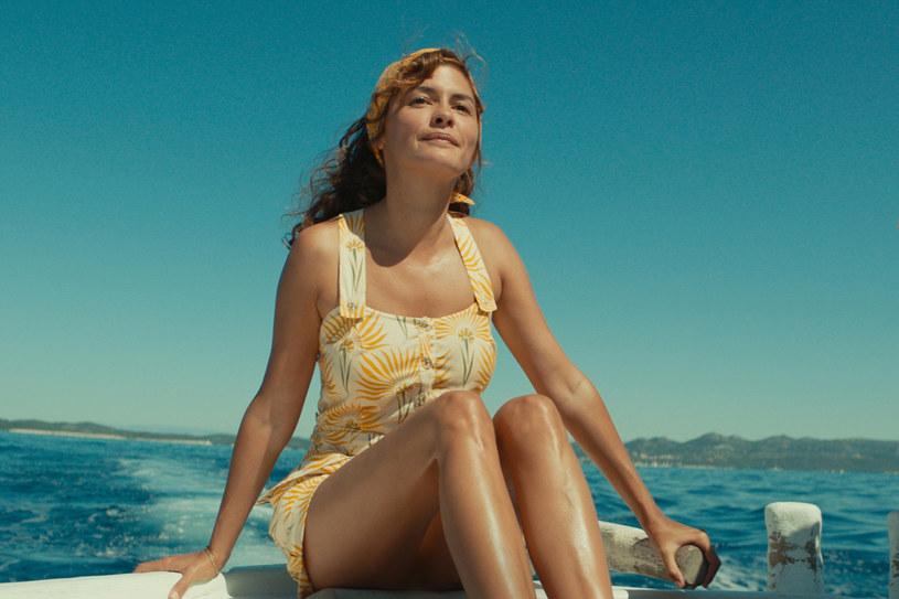 """Pokaz """"Odysei"""", filmu o życiu Jacquesa-Yvesa Cousteau, jednego najsłynniejszych podróżników i badaczy mórz, zamknął 32. Warszawski Festiwal Filmowy. Gościem niedzielnej uroczystości w Multikinie-Złotych Tarasach był Lambert Wilson, odtwórca głównej roli."""