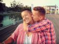 """Para gejów z Polski odpowiada na hejt (""""Don't You Need Somebody"""" RedOne)"""