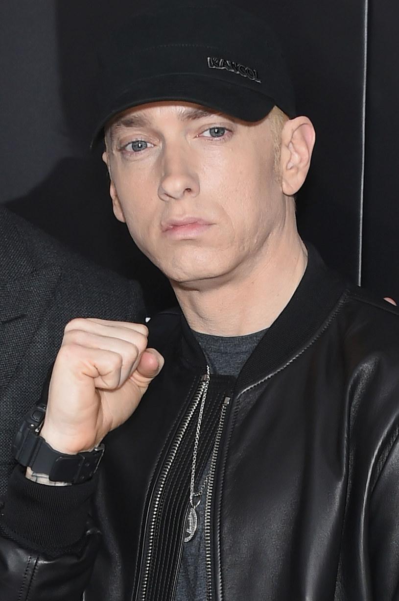 """Ponad 2,7 mln odtworzeń zdobył w ciągu niespełna doby nowy singel Eminema - """"Campaign Speech""""."""