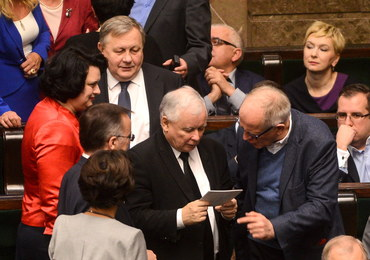 Sondaż: PiS z 38 proc. poparciem, Nowoczesna 16 proc., PO 15 proc.
