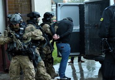 Blisko pół tysiąca policjantów odchodzi z pracy. Swoją pracę zaczynali w milicji lub ZOMO