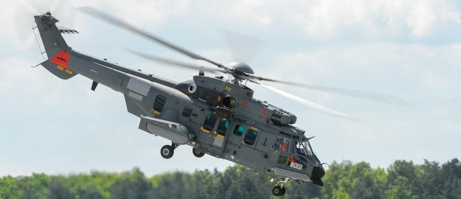 Strach padł na francuskich producentów, którzy mieli nadzieję na podpisywanie w Polsce kontraktów. Sugerują to nadsekwańskie media, według których francuscy przemysłowcy obawiają się skutków gwałtownego ochłodzenia relacji na osi Warszawa-Paryż po zerwaniu przez polski rząd negocjacji z firmą Airbus Helicopters w sprawie zakupu wojskowych śmigłowców typu Caracal.