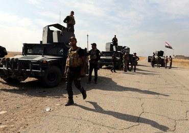 Państwo Islamskie chce wykorzystać 550 rodzin z okolic Mosulu jako żywe tarcze