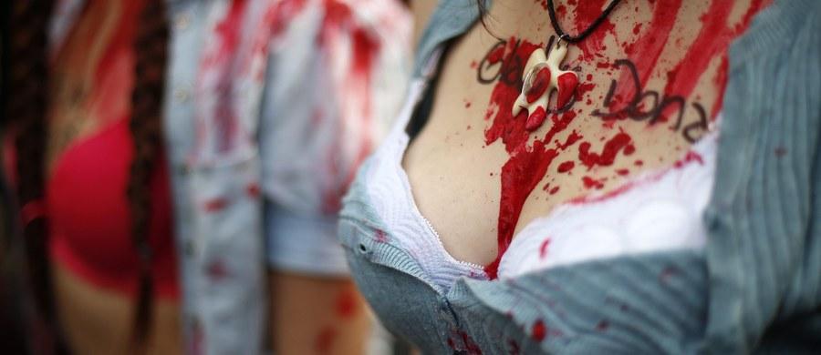 Po ubiegłotygodniowych demonstracjach przeciwko zabójstwom kobiet, które zorganizowano w stolicy Argentyny Buenos Aires, zamordowano kolejne osoby. W niedzielę trzy kobiety zostały zasztyletowane przez partnera jednej z nich.