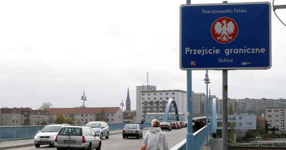 Do 6 listopada most przez Odrę łączący Słubice (Lubuskie) i niemiecki Frankfurt nad Odrą będzie zamknięty dla ruchu samochodowego. Powodem remont nawierzchni ulicy Słubickiej we Frankfurcie.