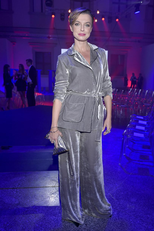 """Charyzma i inteligencja to według Katarzyny Sokołowskiej równie istotne wyznaczniki stylu jak modny strój. Jurorka """"Top Model"""" uważa, że stylowa kobieta swobodnie porusza się w modowych trendach, odznacza się jednak również ciekawą osobowością. Jej zdaniem w polskim show-biznesie jest wiele gwiazd zasługujących na miano ikony mody."""