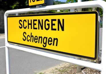 """Kontrole na granicach Schengen przedłużone o kolejne 3 miesiące. """"To działanie wyjątkowe"""""""