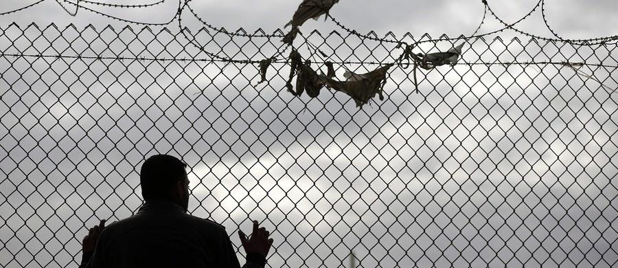 15-letni Izraelczyk został zastrzelony na granicy z Egiptem - donosi izraelskie wojsko. Według armii strzelanina nie jest związana z militarnymi sprawami. Zarówno wojskowi z Izraela, jak i z Egiptu prowadzą śledztwo. Ojciec chłopaka wini wojsko za złe zabezpieczenie granicy.