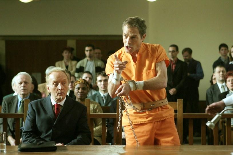"""Aktor Michael Massee, który na planie filmu """"Kruk"""" przypadkowo zastrzelił gwiazdę obrazu - Brandona Lee - zmarł w wieku 61 lat."""