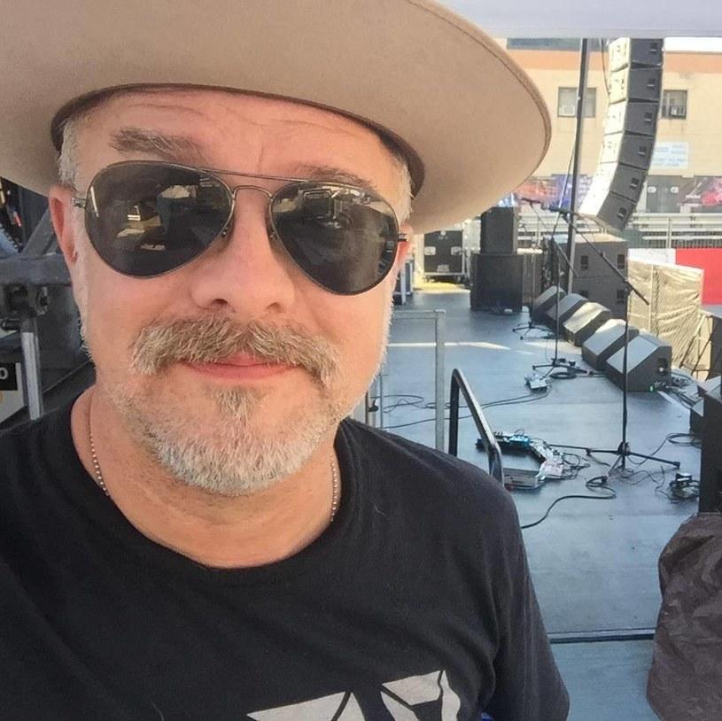U Dave'a Rossera, gitarzysty amerykańskiej grupy The Afghan Whigs, zdiagnozowano raka okrężnicy.