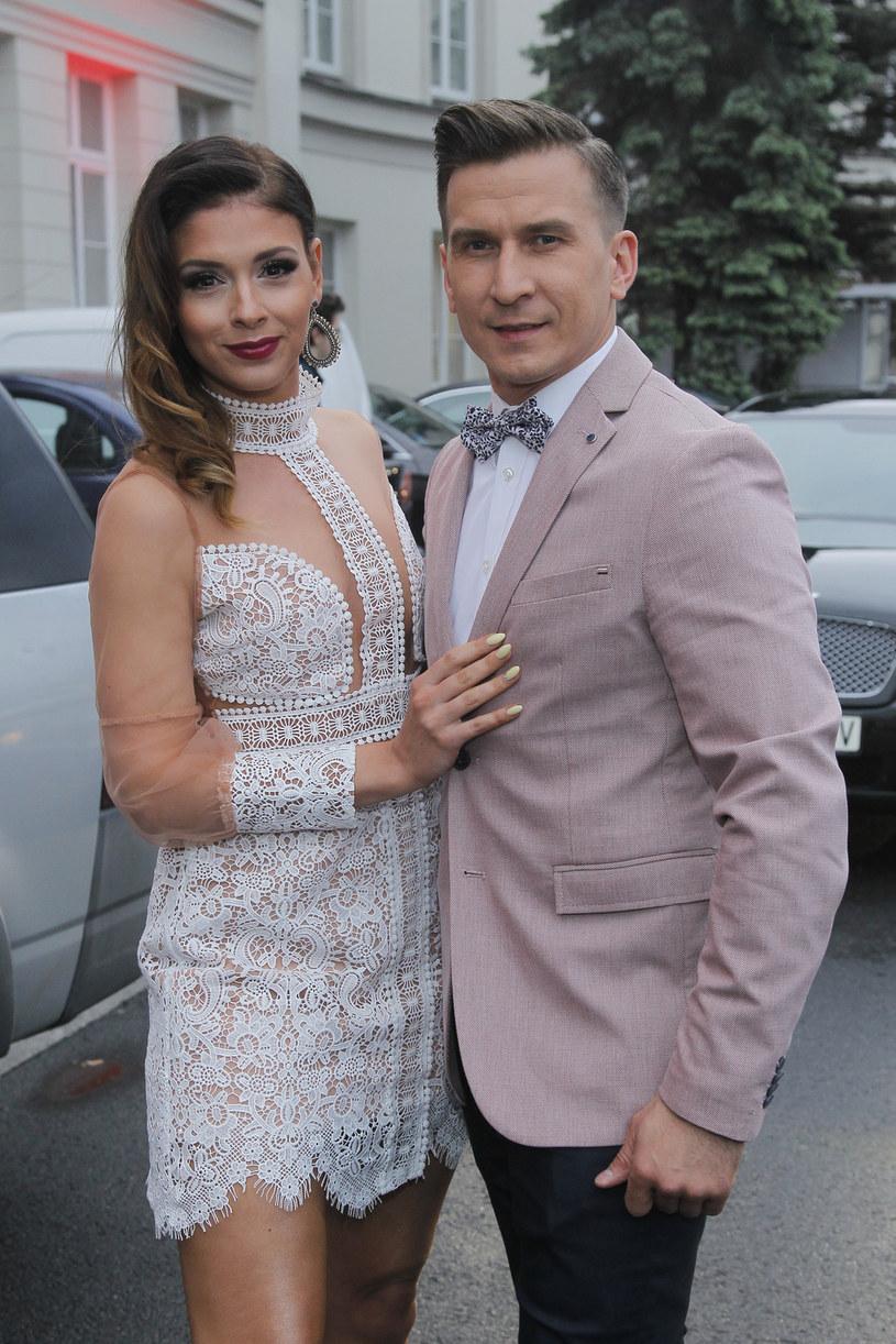 Klaudia Halejcio nigdy nie była zazdrosna o Tomasza Barańskiego. Szanuje jego pracę i zdaje sobie sprawę, że współpracuje z wieloma tanecznymi partnerkami. Gwiazda sama ma podobne doświadczenia - na planach filmowych partnerowała bowiem różnym aktorom.
