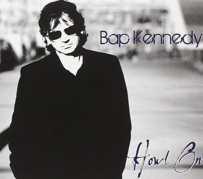 Pochodzący z Irlandii Północnej muzyk oraz autor tekstów zmarł 1 listopada. W maju tego roku BAP Kennedy ujawnił, że zdiagnozowano u niego nowotwór.