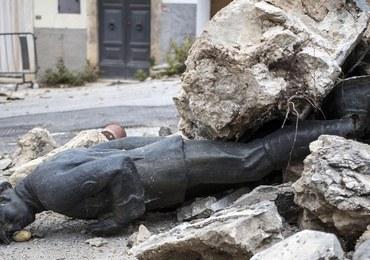 Trzęsienie ziemi we Włoszech zniszczyło 200 tys. budynków. Ambasada RP odradza podróże