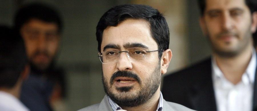 Były prokurator generalny Teheranu Said Mortazawi, który uosabiał rządy twardej ręki w aparacie sprawiedliwości islamskiej republiki, został skazany na 135 batów za defraudację i marnotrawstwo publicznych pieniędzy - podały irańskie media.