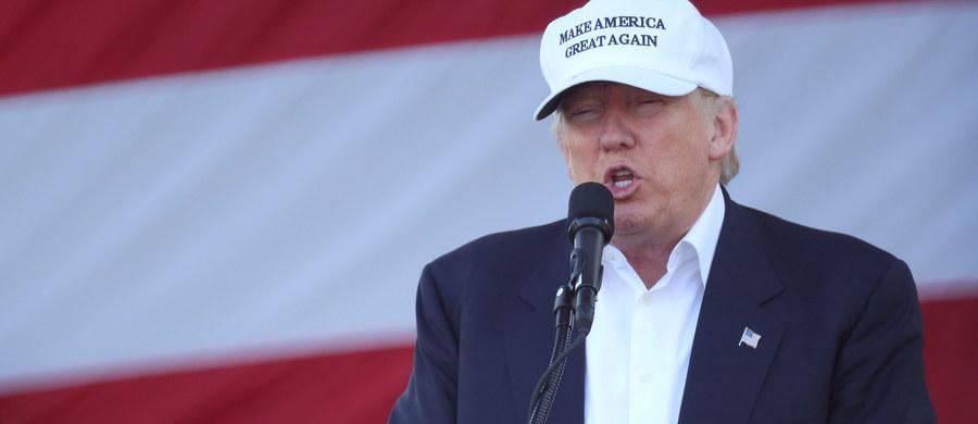 Donald Trump walczy w środę o głosy na Florydzie, która jest jednym ze stanów kluczowych do zwycięstwa w wyborach. Na spotkaniu z wyborcami w Miami republikański kandydat na prezydenta ponownie zaatakował personalnie Hillary Clinton.