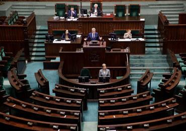 Projekt ustawy ws. statusu sędziów Trybunału Konstytucyjnego odesłany do komisji