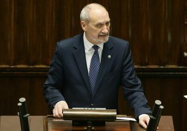 Macierewicz do końca września wydał roczny budżet na cele reprezentacyjne. Wiemy na co!