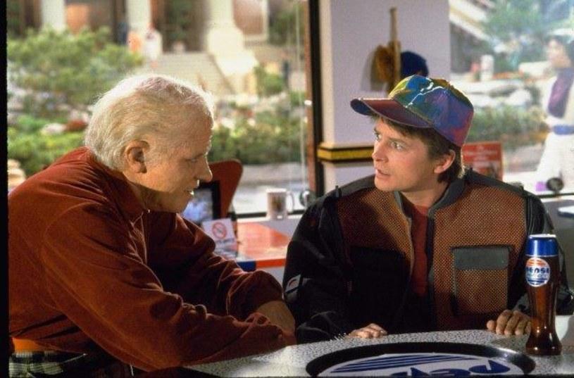 """Zwycięstwo baseballistów Chicago Cubs twórcy drugiej części filmu """"Powrót do przyszłości"""" przewidzieli już... w 1989 roku."""