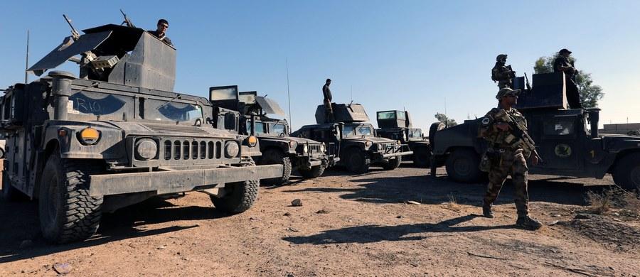Elitarne jednostki antyterrorystyczne irackich sił rządowych odbiły z rąk dżihadystów z Państwa Islamskiego sześć dzielnic wschodniego Mosulu. Jak ogłosiła iracka armia, walki spowodowały duże straty w szeregach bojowników ISIS.