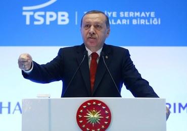 Erdogan o Kurdach: Jak ktoś zachowuje się jak terrorysta, to będzie traktowany jak terrorysta