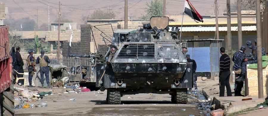 """Elitarna brytyjska jednostka wojskowa SAS, która jest w Iraku, otrzymała listę kilkuset nazwisk zagranicznych członków ISIS oraz rozkaz, aby ich schwytać lub zabić. Jak podaje gazeta """"Sunday Times"""", na liście jest około 200 Brytyjczyków."""
