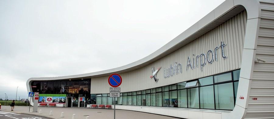 CBA zawiadamia prokuraturę o podejrzeniu popełnienia przestępstwa niegospodarności przez prezesa Portu Lotniczego Lublin SA. Chodzi o zorganizowanie dwudniowego kongresu w Izraelu dla lubelskich samorządowców oraz przedsiębiorców, którego wartość - według agentów - dwukrotnie przekracza ceny rynkowe.