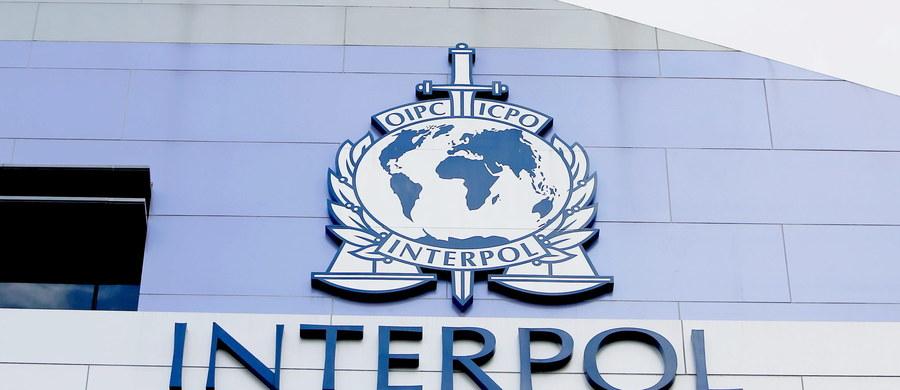 Izrael poinformował we wtorek, że na trwającym w Indonezji kongresie udało mu się zablokować w głosowaniu próbę wstąpienia Palestyny do międzynarodowej organizacji policji, Interpolu. Palestyna dementuje i nadal liczy na członkostwo.