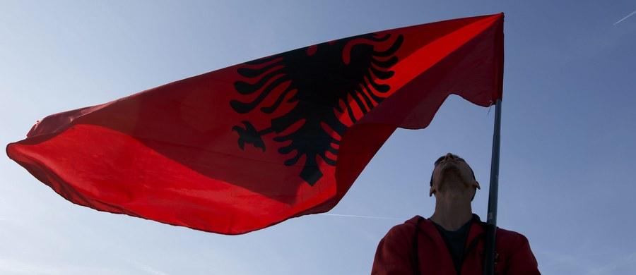 """W trakcie zaplanowanego na sobotę meczu eliminacji piłkarskich mistrzostw świata między reprezentacjami Albanii i Izraela miało dojść do zamachu terrorystycznego - poinformował albański dziennik """"Panorama""""."""