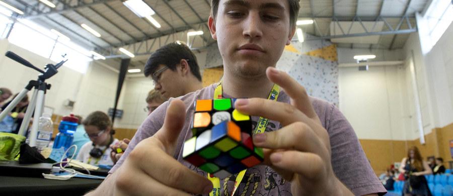 Trybunał Sprawiedliwości UE unieważnił decyzję o rejestracji trójwymiarowego kształtu kostki Rubika jako unijnego znaku towarowego. Trybunał wskazał, że należy uwzględnić także rozwiązania techniczne, takie jak zdolność rotacji.
