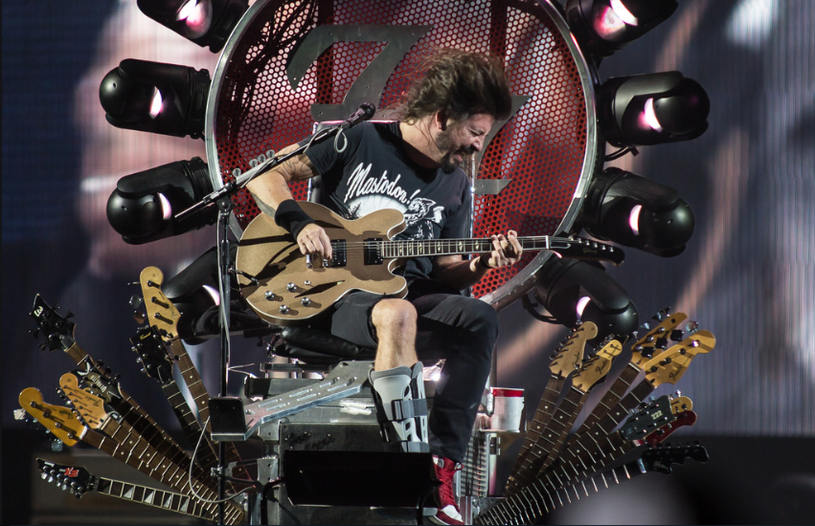 Niemal dokładnie rok po koncercie w Krakowie ogłoszono powrót Foo Fighters do Polski - grupa dowodzona przez Dave'a Grohla będzie jedną z gwiazd Open'er Festival 2017.