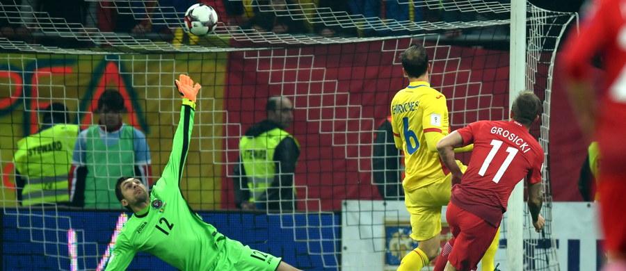 Rumuńskie media komentują wynik piątkowego meczu z Polską w Bukareszcie. Nie mają wątpliwości, że po porażce ich piłkarzy szanse awansu na mistrzostwa świata 2018 są już tylko teoretyczne. W czterech meczach Rumunia zgromadziła jedynie 5 punktów. Dymisji kierownictwa związku i selekcjonera domaga się były prezes federacji Mircea Sandu.