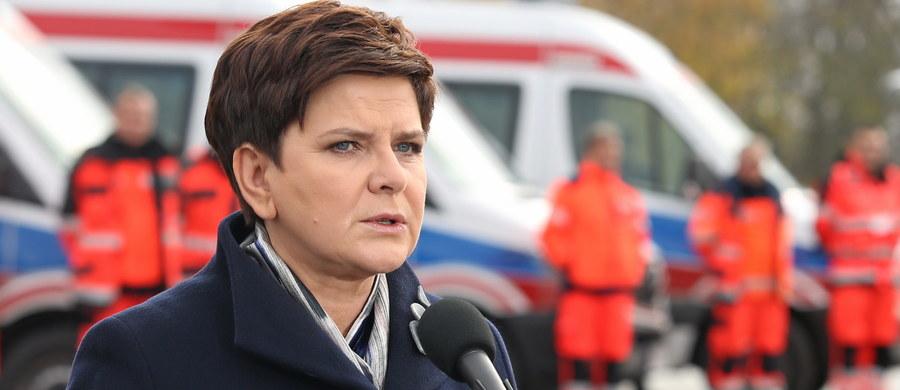 Dokładnie rok temu Beata Szydło zaczęła tworzyć swój rząd. Prezydent powierzył jej tę misję 13 listopada 2015 roku. Gabinet PiS zaczął pracować kilka dni później. Między innymi o tym będą rozmawiać w tym tygodniu politycy. O czym jeszcze?